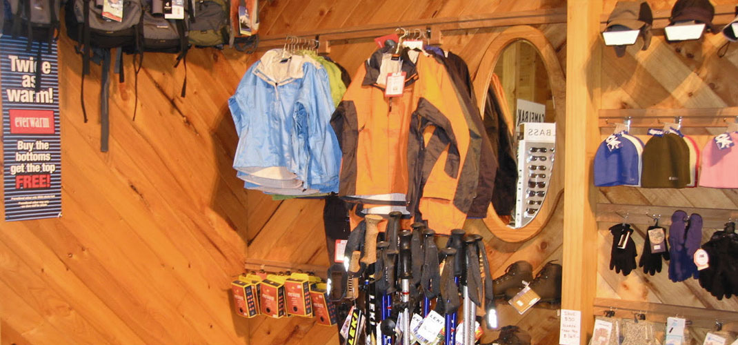 The Alpine Centre, National Park Village - Hiking gear hire Ruapehu